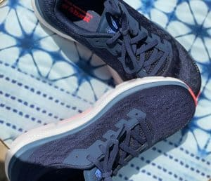 sideview of the Skechers GoRun